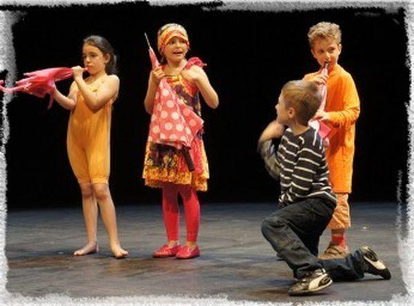 MJC Bussières - Enfant Théâtre